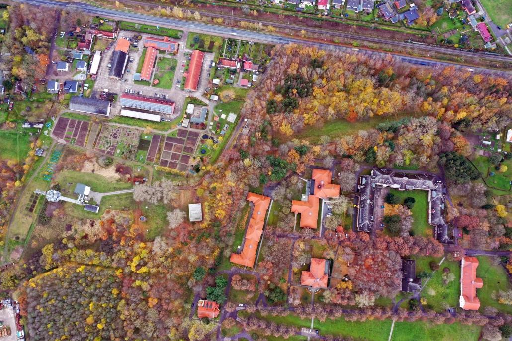 Luftaufnahme des Areals der SIC (linker oberer Bildbereich)